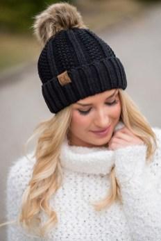 30 Best Warm Winter Hats for Women14