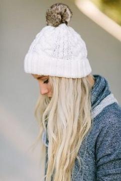 30 Best Warm Winter Hats for Women18