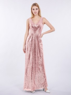 30 Inspiration for a sleeveless long dress outfit to appear feminine and trendy 05