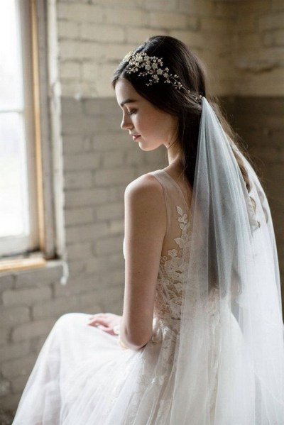 40 How Elegant Wedding Hair Accessories Ideas 04