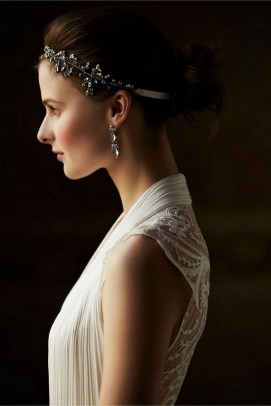 40 How Elegant Wedding Hair Accessories Ideas 12