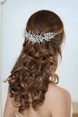 40 How Elegant Wedding Hair Accessories Ideas 20
