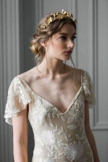 40 How Elegant Wedding Hair Accessories Ideas 24