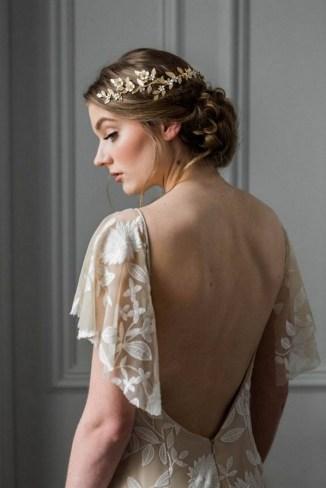 40 How Elegant Wedding Hair Accessories Ideas 32