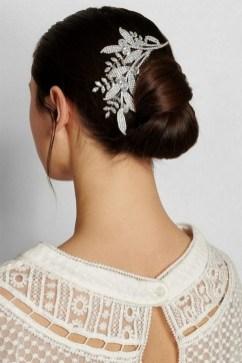 40 How Elegant Wedding Hair Accessories Ideas 36