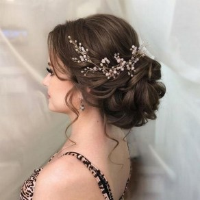40 How Elegant Wedding Hair Accessories Ideas 40