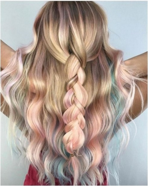 50 Best Peek A Boo Hair Color Ideas 56