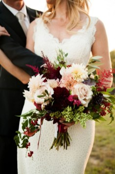 Best Romantic Peony Wedding Bouquet Inspiration 14