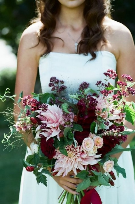 Best Romantic Peony Wedding Bouquet Inspiration 26
