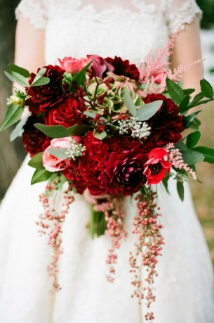 Best Romantic Peony Wedding Bouquet Inspiration 33