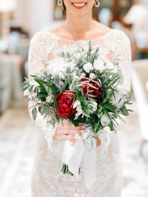 Best Romantic Peony Wedding Bouquet Inspiration 35