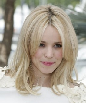 Curtain Bangs Hair Styles Ideas 20