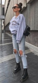 How To Style Casual Spring Outfits for Women 03