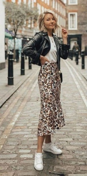 How To Style Casual Spring Outfits for Women 09