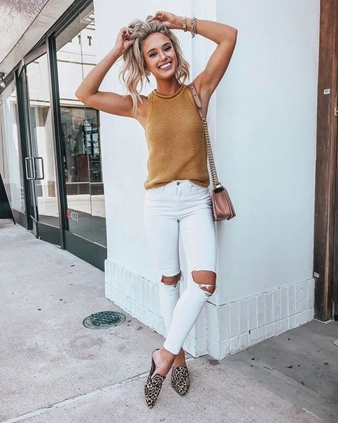 How To Style Casual Spring Outfits for Women 31