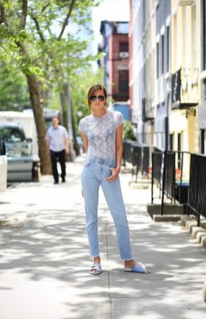 Mom Jeans Outfits Ideas for 2021 18