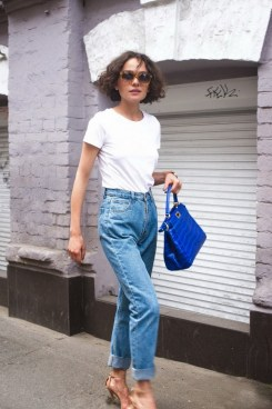 Mom Jeans Outfits Ideas for 2021 28
