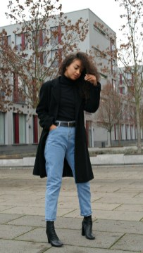 Mom Jeans Outfits Ideas for 2021 41
