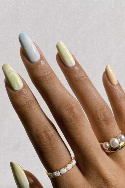 Spring Nail art Design and Colors Ideas For 2021 05