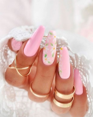 Spring Nail art Design and Colors Ideas For 2021 25