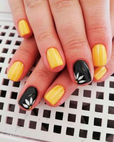 Spring Nail art Design and Colors Ideas For 2021 34