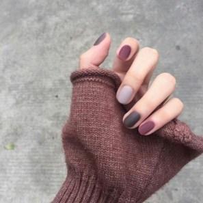 20 Adorable Fall Nail Art Ideas 01