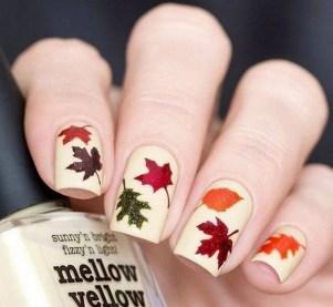 20 Adorable Fall Nail Art Ideas 12