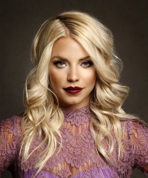 20 Long Wavy Hairstyles The Envy of Most Women 25