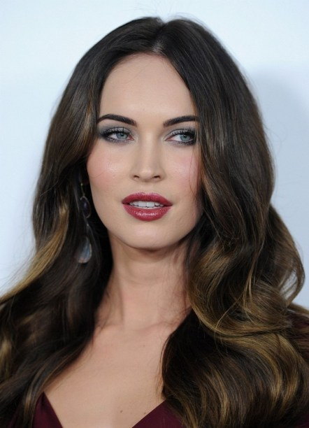 20 Long Wavy Hairstyles The Envy of Most Women 26