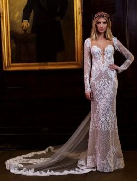 25 Adorable Wedding Dresses for Falll 09