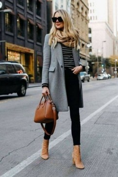 30 Fashionable Fall Outfits This Year 21