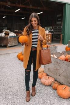 30 Stylish fall boots women outfit ideas 33