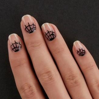 50 Cute Halloween Nail Art You Will Love 23