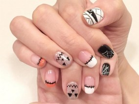 50 Cute Halloween Nail Art You Will Love 57