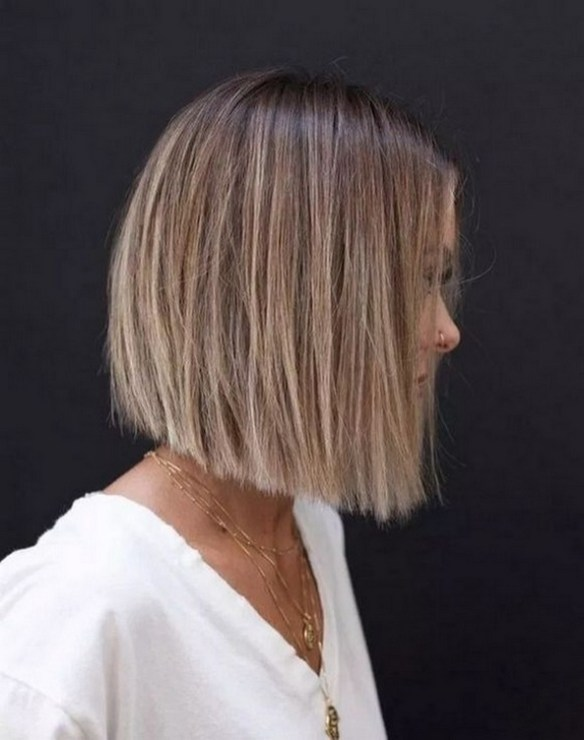 60 Dare to be Sexy with Short Hairstyle Look 23