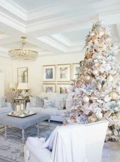 70 Catchy Silver and Gold Christmas Trees Decor You Need to See 17