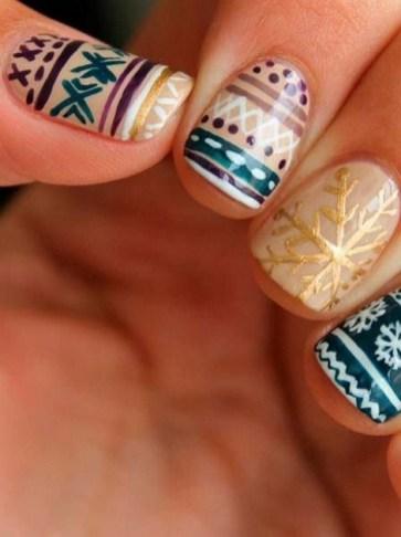 25 Fun Winter Nail Design Ideas 13