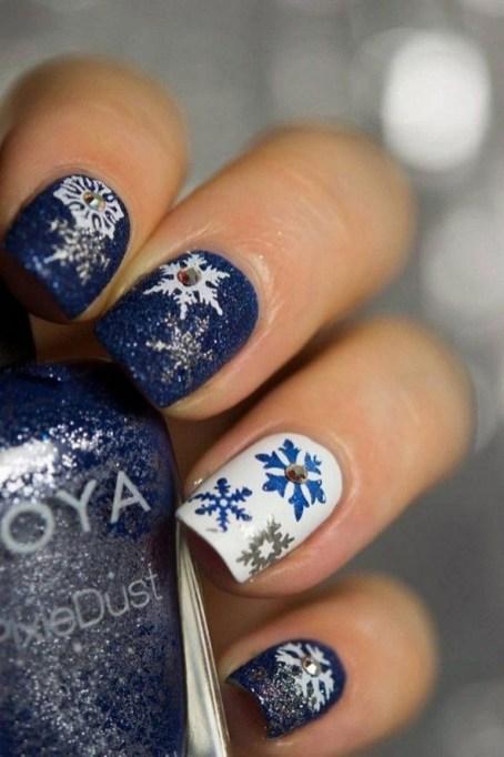 25 Fun Winter Nail Design Ideas 25