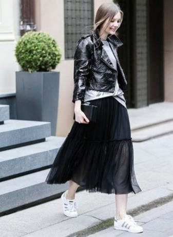 40 Simple Glam Black Tulle Skirt Outfits Ideas 32