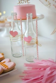 50 Romantic Valentines Party Decoration You Need to See 30