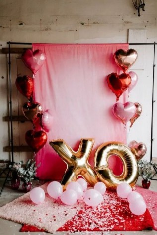 50 Romantic Valentines Party Decoration You Need to See 37