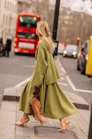 50 Stylish and Comfy Winter Dresses Ideas 40