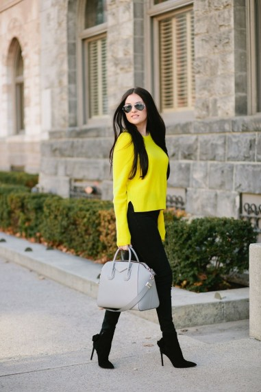 60 Adorable Yellow Outfit for Winter 12