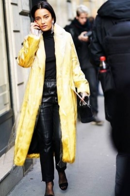 60 Adorable Yellow Outfit for Winter 25