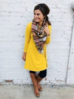 60 Adorable Yellow Outfit for Winter 30