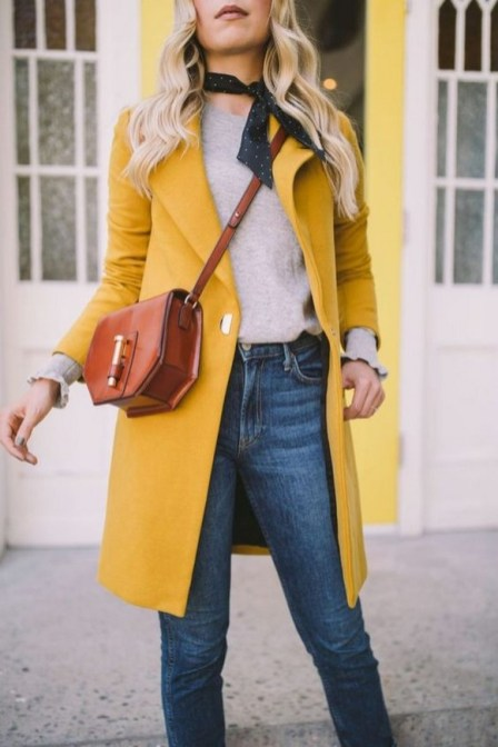 60 Adorable Yellow Outfit for Winter 43