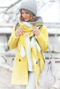 60 Adorable Yellow Outfit for Winter 8