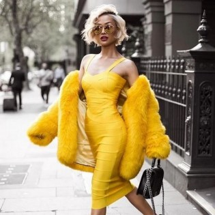 80 Fashionable Women Faux Fur Coats Look 18