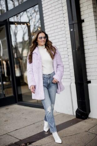 80 Fashionable Women Faux Fur Coats Look 22