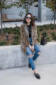 80 Fashionable Women Faux Fur Coats Look 68